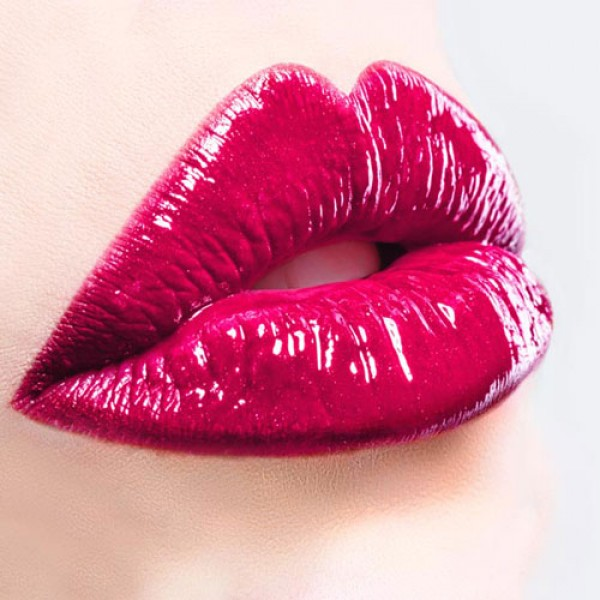 Huulte suurendamine ja huulte kuju korrigeerimine Juvederm Smile 0.55ml